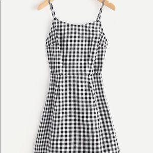 Dresses & Skirts - ⚡️FLASH SALE⚡️ Gingham Open Back Dress